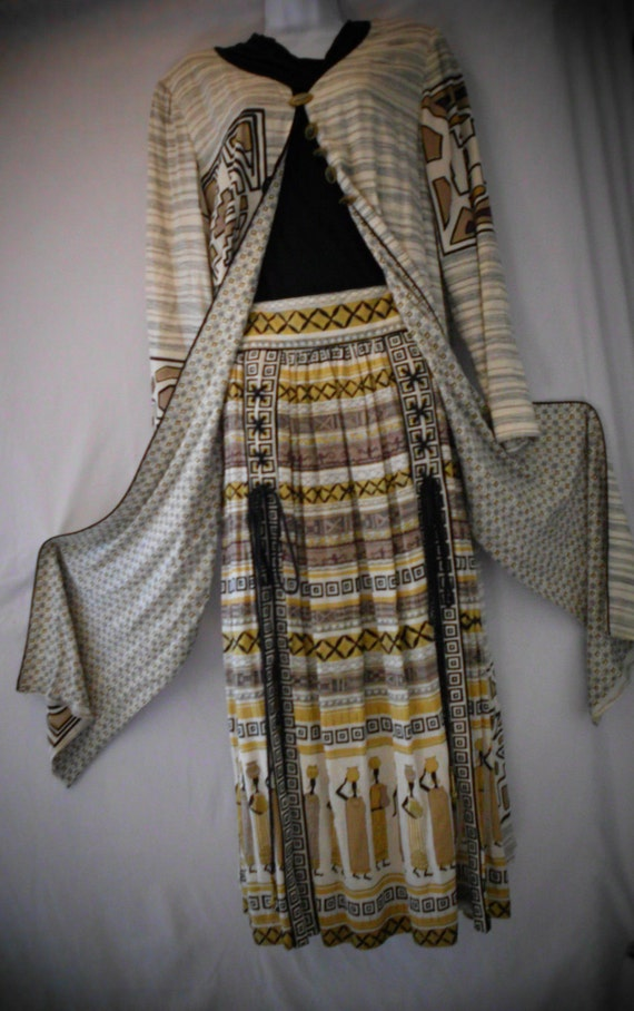 AFRICAN INSPIRED  Two Piece Ensemble size 10