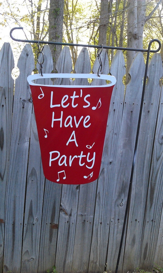 Metal Red Solo Cup Garden Flag Sign/Wall Decor/Door Hanger