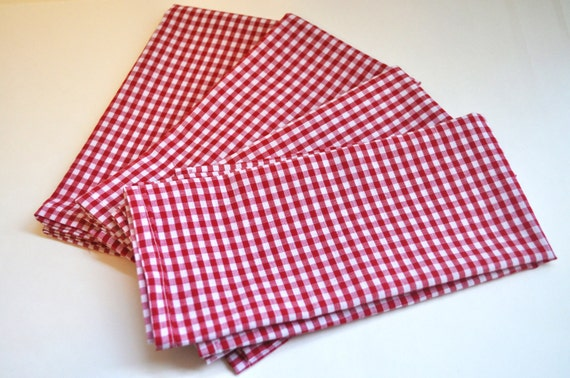 Red and White Gingham Check Cloth Napkins-Set of 4 - Housewarming, Hostess Gift, Mothers Day, Fourth of July, Picnic