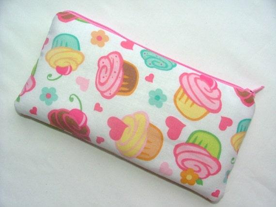 Medium Zipper Pouch, padded, gadget smart phone pouch