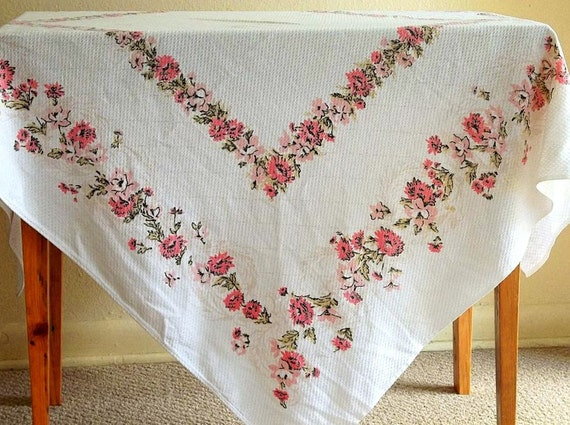 Vintage Shabby Chic Pink Flower Garland White Tablecloth, Luncheon Cloth, Pink Roses, Floral, Tablecloth, Cottage Decor