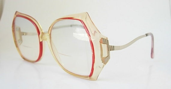 vintage oversized tura eyeglass frames translucent light tan red border gold tone metal eye glass mod