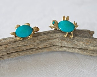 Vintage 1960s Turquoise Turtle and Bird Pins - Sold as a pair