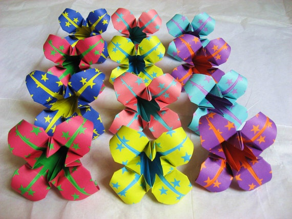 12 Large Japanese Origami Irises - origami flowers made to order with star paper, paper flowers for table favors, gifts, party favors