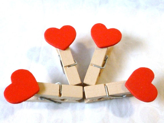 Mini clothespins, red hearts pins