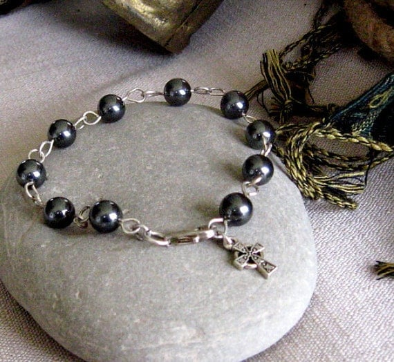 Pearl Bracelet of Tahitian Swarovski Pearls hand wire wrapped together w/ Sterling Silver and a Pewter Celtic Cross Charm