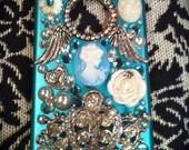 Custom Victorian / Lady Love Deco iPhone 4 / 4s case