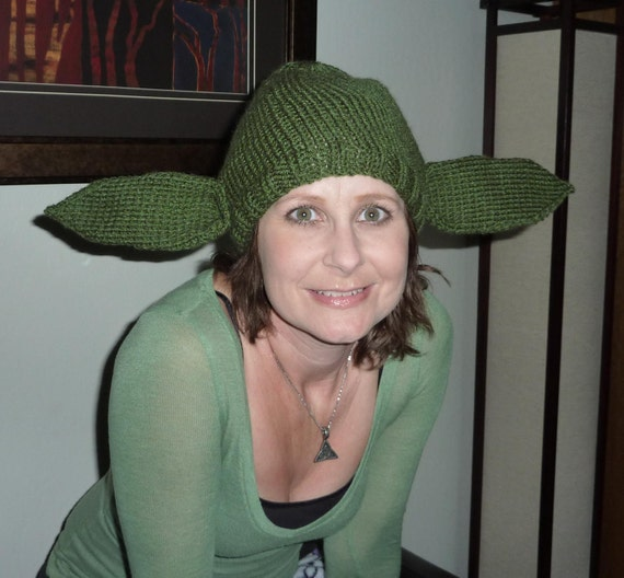 Knitting Pattern Baby Yoda Hat : Knitted Beanie Hat Yoda Starwars Adult