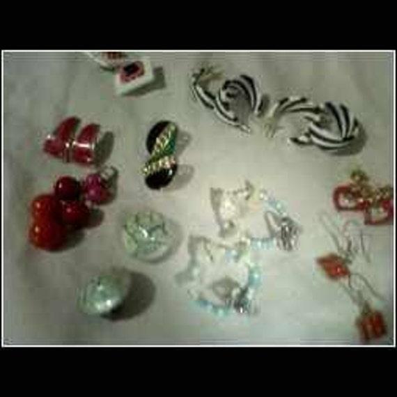Mixed Metals  Fun Earrings  10 Pairs Of Earrings In All