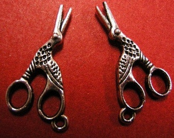 6pc antique silver scissor pendant-4208