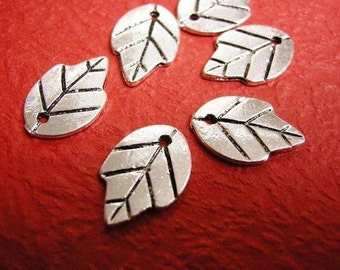 12pc antique silver metal leaf pendant-377