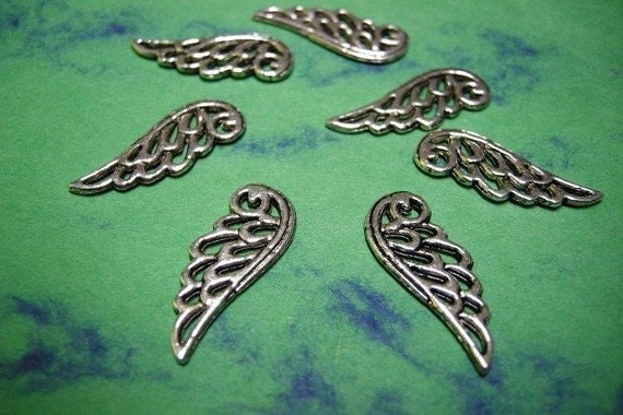 8pc antique silver lead nickel free wing charm-2011