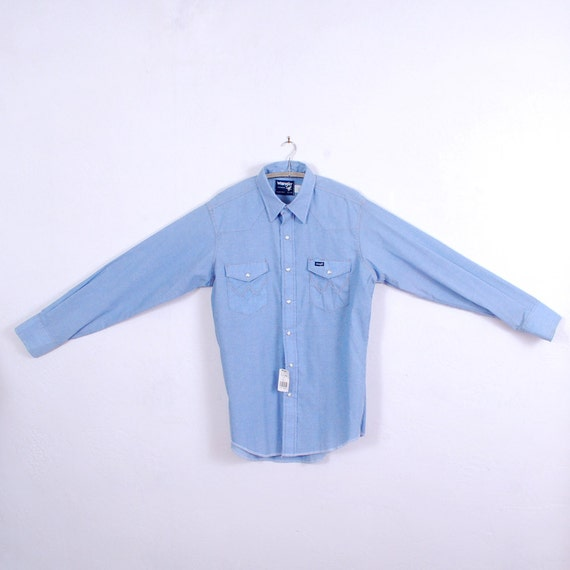Mens Western Shirt Wrangler Long Sleeve Shirt Chambray M/L - NOS Deadstock Denim - pale blue  - FREE Worldwide Shipping