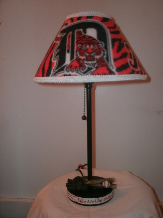 DETROIT TIGER LAMP