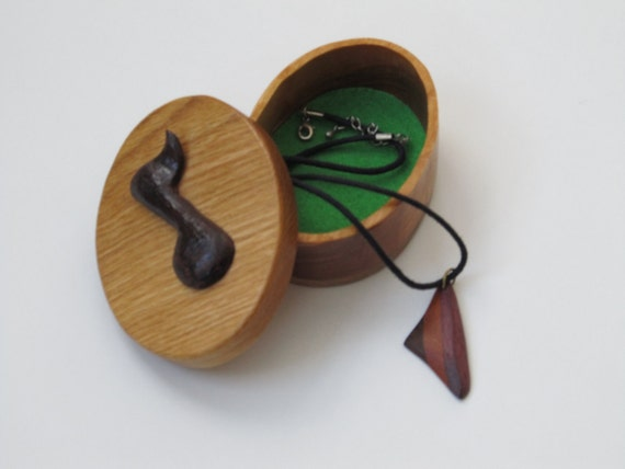 Musical Note Jewelry Box,  Handmade,  Carved, Birthday Gift, Music Lover,  Bedroom Decor,  Treasure Box, FREE shipping