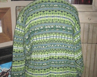 Beautiful V-Neck Pullover Sweater in Greens/Blues in XL