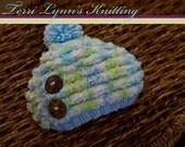 Baby  0-3 month bluestriped hat w/ coconut buttons