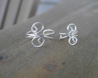 "Toe ring and ear cuff ""Swirls"" silver wire wrapped toe ring and ear cuff set."