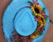 Floral Arrangement, Hat with a Texas attitude, home decor, wall decor, door decor, Summer, Cowgirl Hat, Handtied Bow