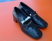 Gucci elegant shoes with box dead stock circa 1980's made in Italy size 39 1/2