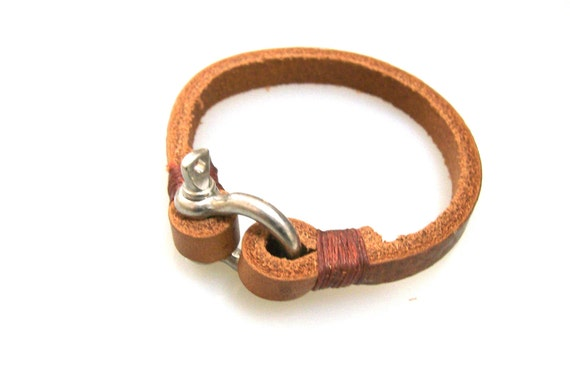 Leather Bracelet with Steel Shackle Clasp-Saddle Brown 2
