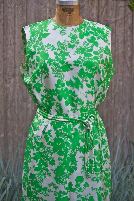 Vintage Avalon Pure Silk 1960s Green Floral Screen Print Dress