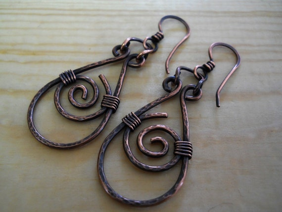 Celtic Spiral Teardrop Earrings - Celtic Jewelry