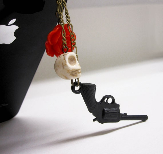 GUNS N' ROSES - Hanging Skull Red Rose and Black Revolver Chain iPhone Headphone Plug/ Dust Plug - Cellphone Accessories