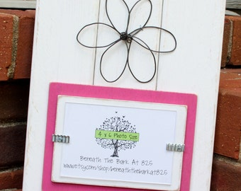 Picture Frame with Wire Flower - Distressed Wood - Holds a 4x6 Photo - White and Pink
