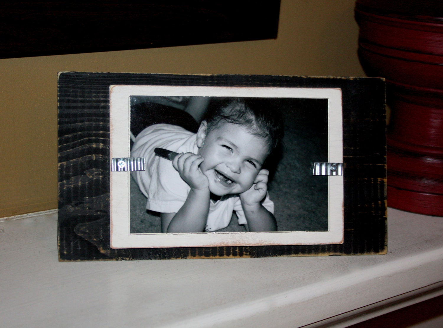 picture frame distressed wood stand up holds a 4x6 photo. Black Bedroom Furniture Sets. Home Design Ideas
