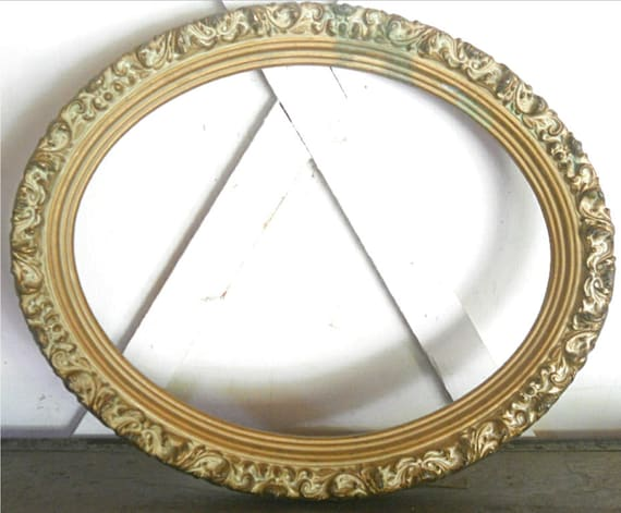 Vintage Ornate Oval Frame Has Great Patina and Age