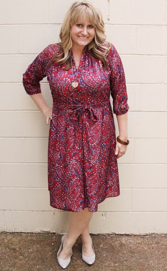 1970s Dark Red and Blue Paisley Vintage Dress - Plus Size XL or XXl