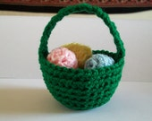 Little Green Easter Basket with 6 Pastel Eggs