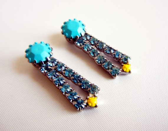 BOGO SALE Vintage 1950s One Of A Kind Turquoise and Yellow Rhinestone Earrings