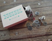 Box of 100 vintage style thumbtack