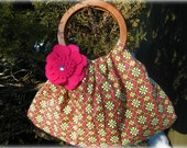 Hobo bag with wooden handles and flower applique / Bag / Purse