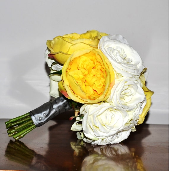 Bridal Bouquets With Cabbage Roses : Bridal bouquet yellow creamy white roses garden