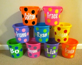 Personalized Bucket with Dots