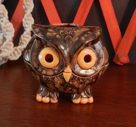 Vintage Ceramic Owl Candle Holder/Adorable 1970s Owl Tea Light Holder