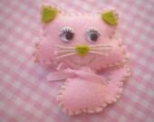 cat  brooch pink