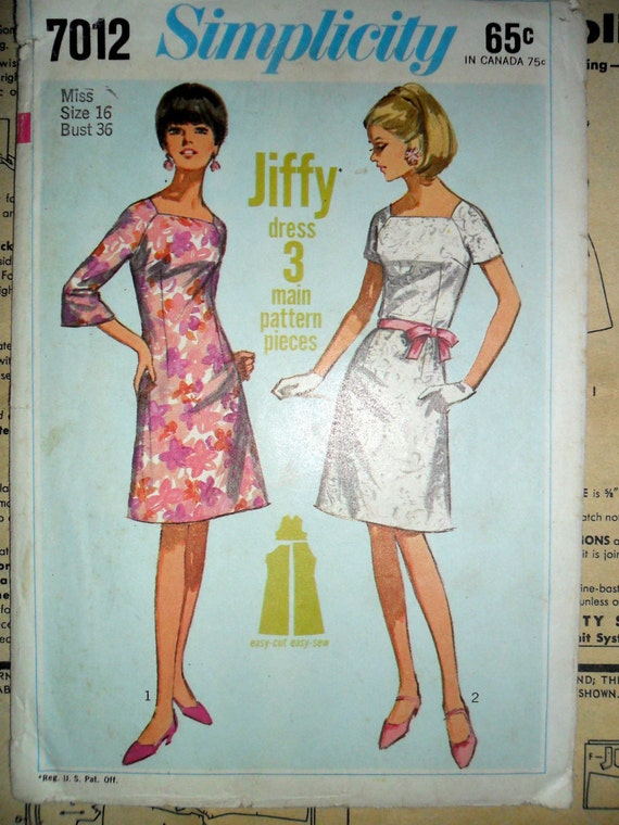 Misses Square Neck Raglan Sleeve A Line Dress Vintage Sewing