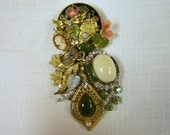 upcycled vintage brooch