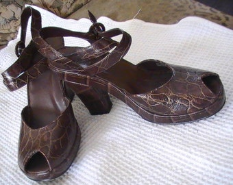 Alligator Style Leather Bolo Shoes