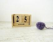 Wooden Blocks Perpetual Calendar