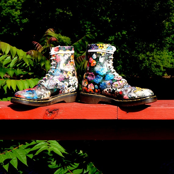 1990s Dr Martens Floral Flower 8 Eye Old School Boots -  UK 5 - Made In England - One of my last pair at this great price