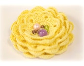 Yellow crochet brooch, flower pin brooch,crochet flower brooch, Pin brooch