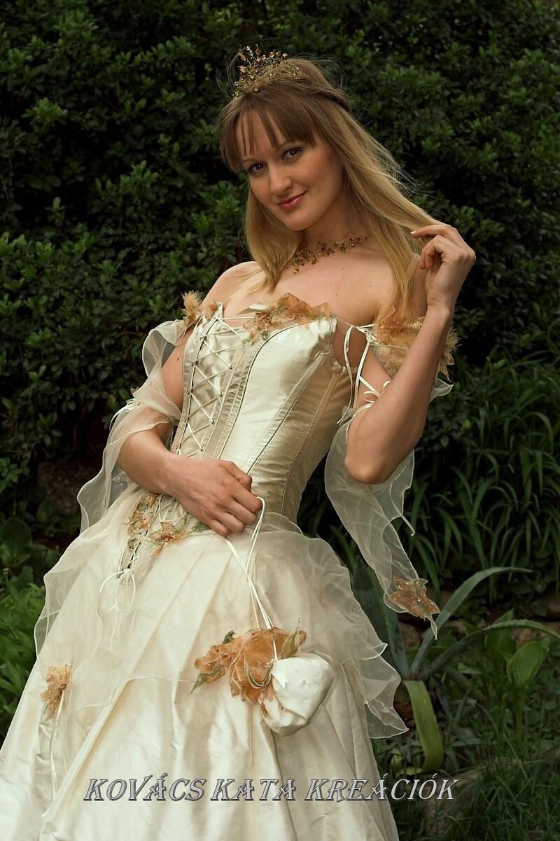 Chandeliers pendant lights for Fairy inspired wedding dresses