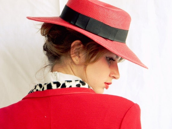 SALE Summer Fashion Mothers Day Gift 80s woman red straw hat with black hatband . Garden party. Race hat. Spring fashion.