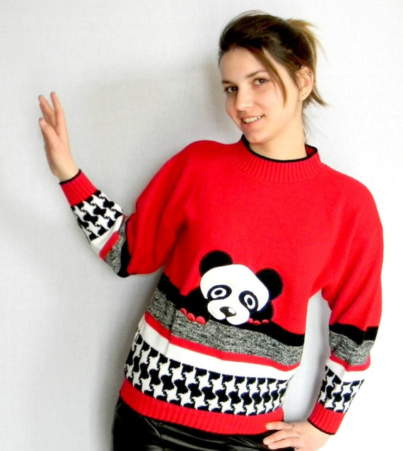 Vintage Sweater Christmas Gift Panda Bear Sweater Animal Print Pullover Red Black White. Houndtooth Winter Fashion