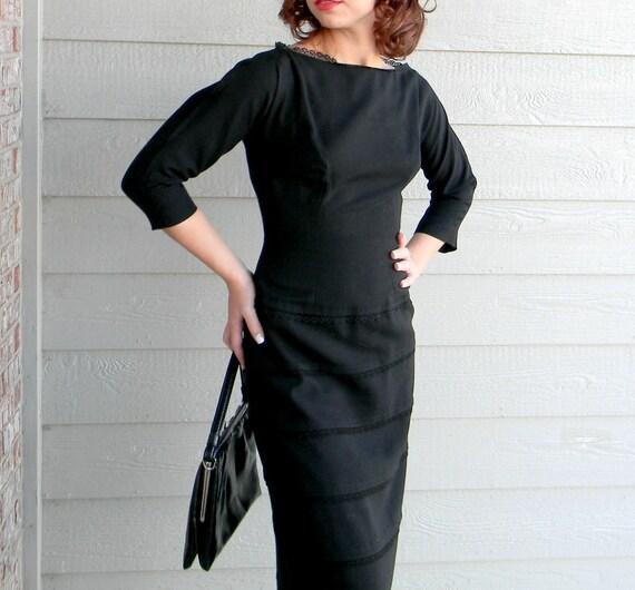 SALE Authentic Vintage 50s Black Dress Mad Men. Sheath  Black Dress. Wiggle Dress. Joan Harris. Lace Trim. Back to School Fall Autumn
